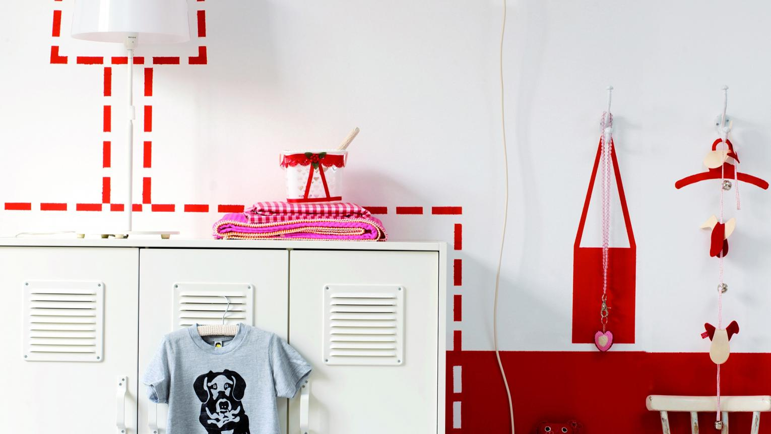Minimise wear-and-tear in your kids' bedroom with durable paint and a few clever colour tricks.